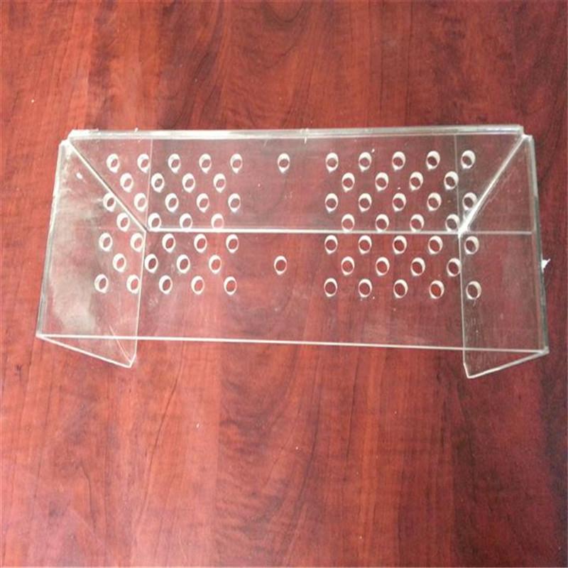 耐力板雕刻之PC耐力板的基本性能(en)